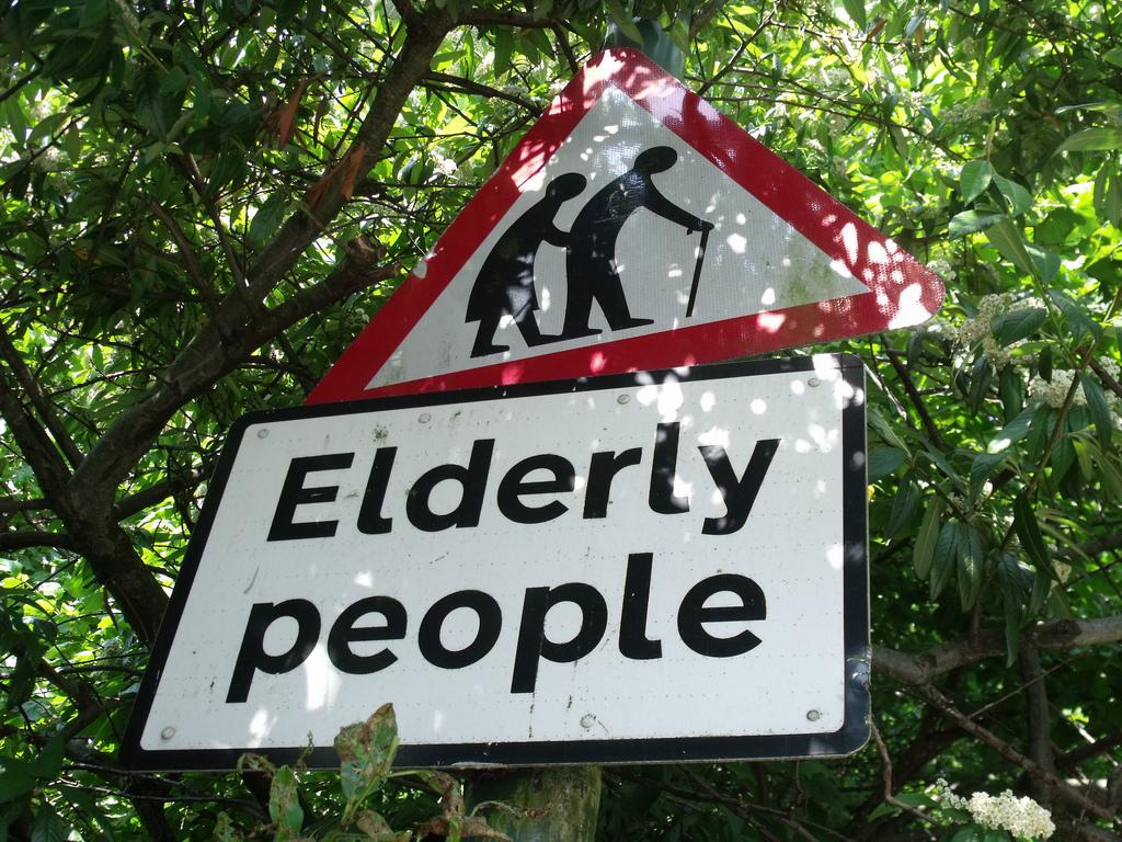 elderly no CR